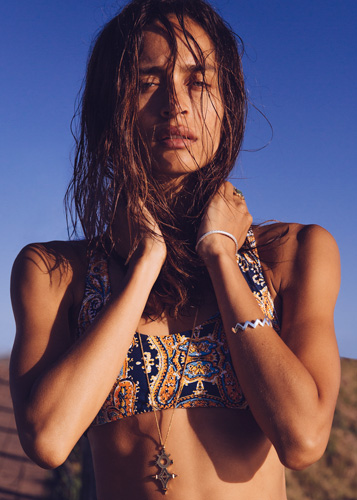 Photographers Byron Bay David Hauserman shoots fashion editorial campaigns and studio lookbooks